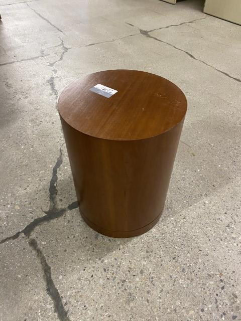R6268 - Cherry End Tables