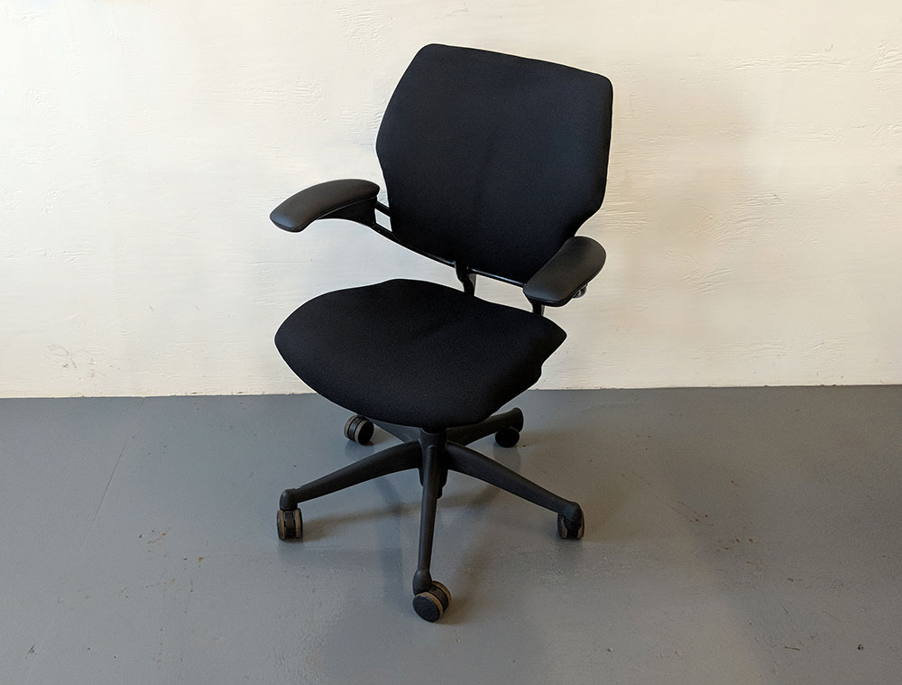 C61325 - Humanscale Freedom Chairs