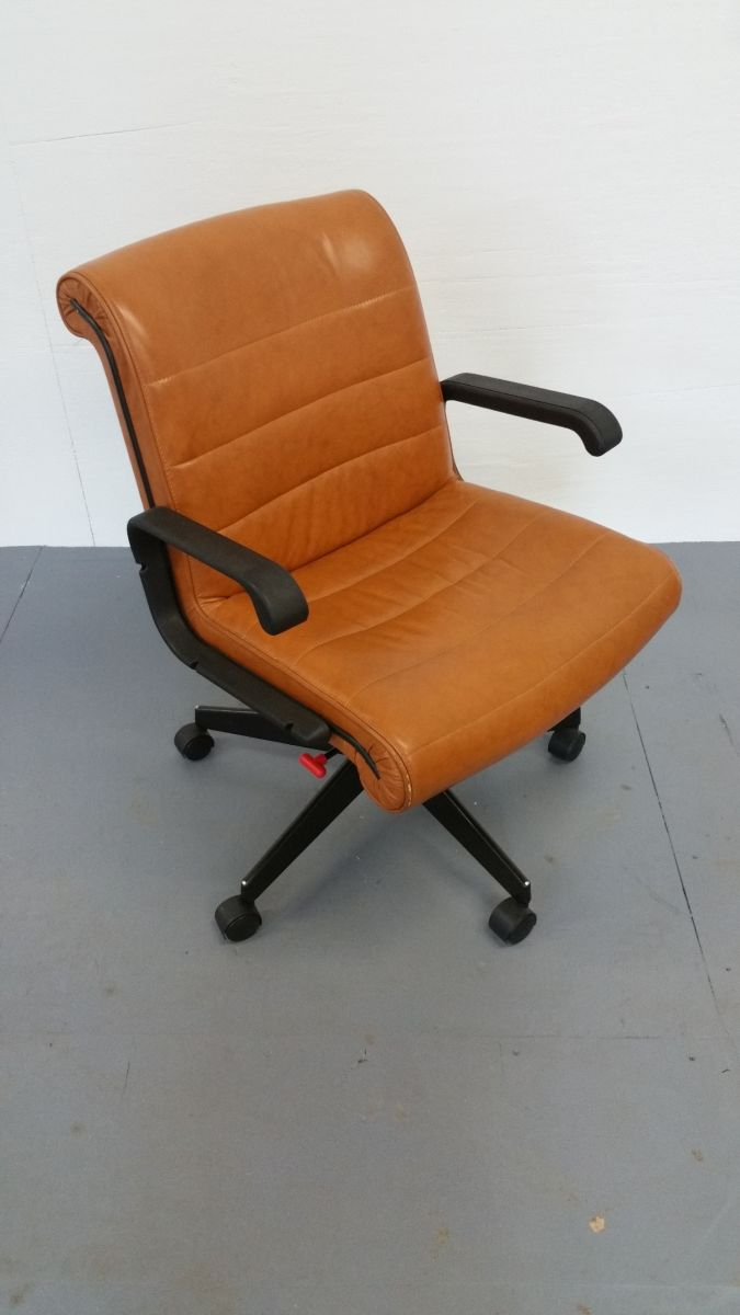 C6064C - Leather Knoll Sapper Chairs