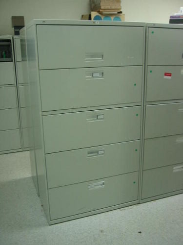 F262 - Hon 5 drawer Files