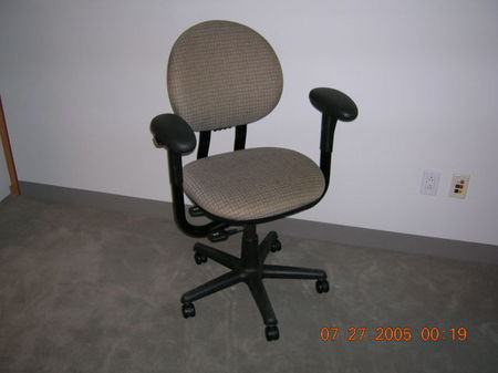 C383 - Steelcase Criterion Task Chairs