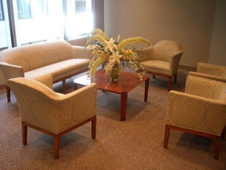 R833 - Reception Furniture Set