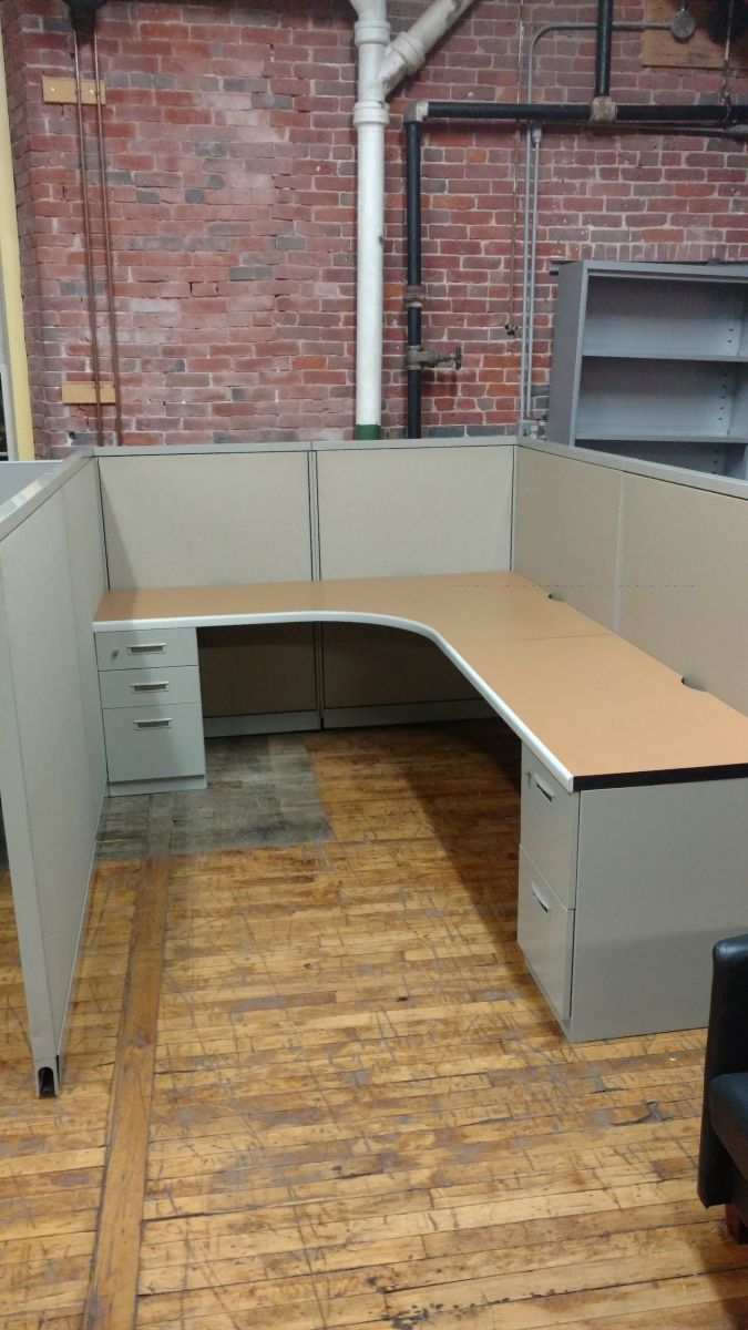 W6091A - Steelcase Workstations