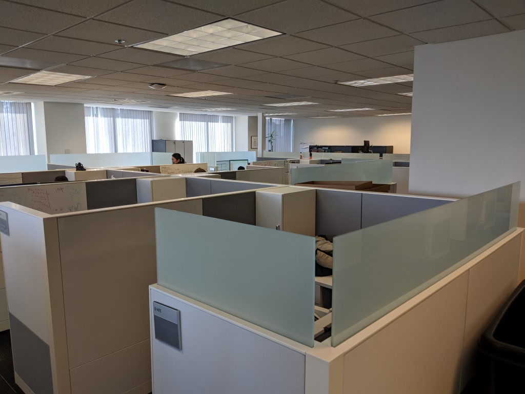 W6118 - Steelcase Answer Cubicles