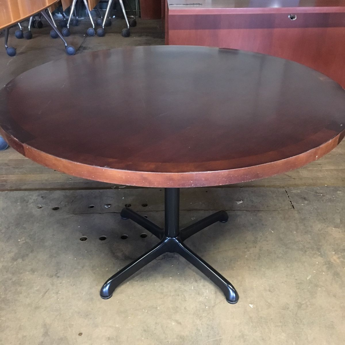 42 Quot Wood Veneer Round Conference Table Cherry T9606c