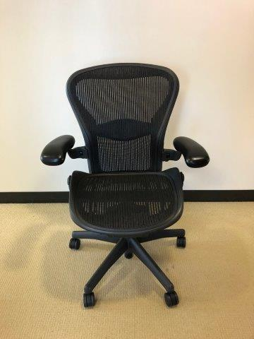 C61436 - Herman Miller Aeron Seating