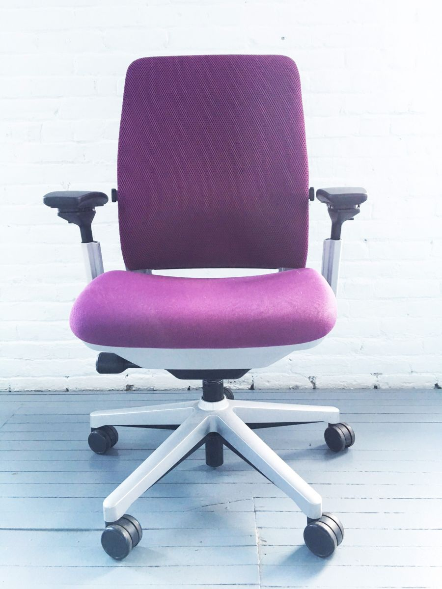 C61167c Steelcase Amia 3d Task Chair Purple