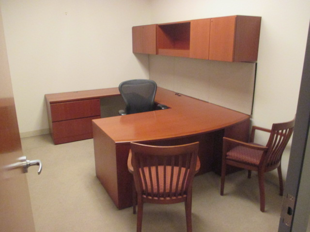 D12131 - Knoll Reff Private Desk Sets