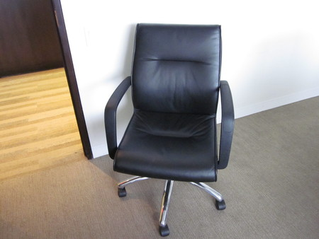 via office chairs.  Via Via Leather Desk Chairs With Office
