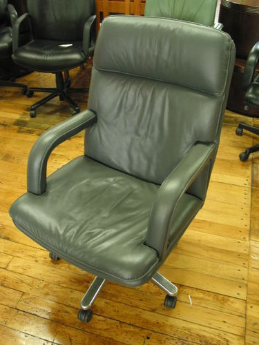 Leather High-Back Seating (C529)