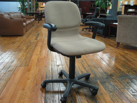 Steelcase 458 Sensor Task Chair (C495)