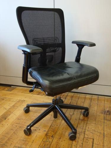 Conklin Office Furniture C1759 Haworth Zody Desk Chairs