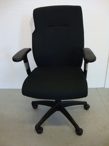 New Conklin Status Chair