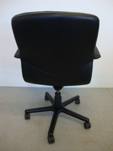 back view of geiger chair