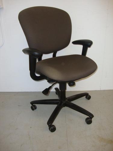 Conklin fice Furniture C3325 Haworth Improv Seating