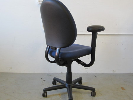 Conklin Office Furniture C3683 Steelcase Criterion Chairs